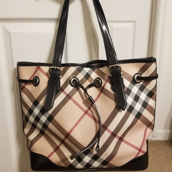 88e4c12ee37 Burberry Handbags - Burberry